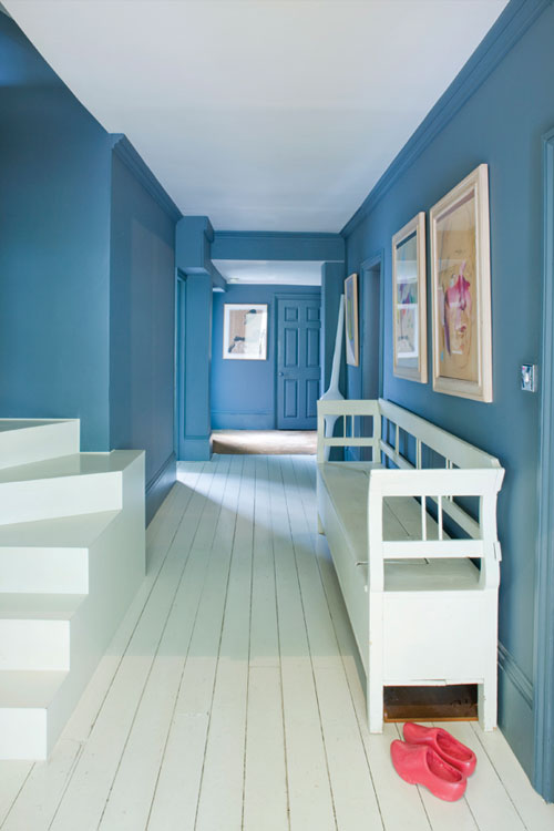 using-colour-hallway